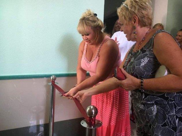 Мережу розсмішило урочисте відкриття туалету в Херсоні
