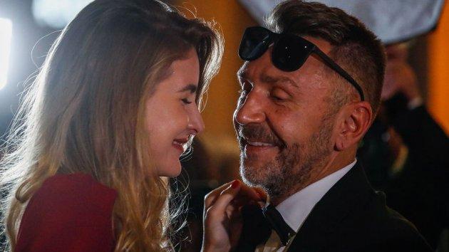 Розлучений Шнуров вперше з'явився на публіці з новою пасією