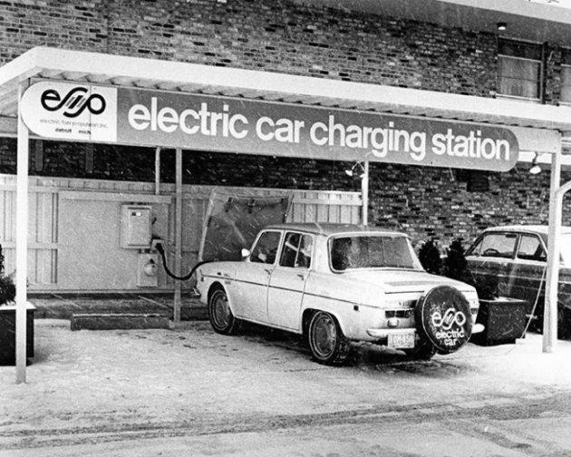 У Швеції раритетний електромобіль знайшли в сараї