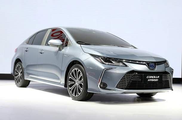 Toyota представила нову Corolla