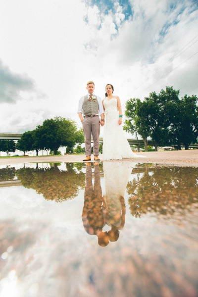 Неймовірно кумедні весільні фото порадували Мережу