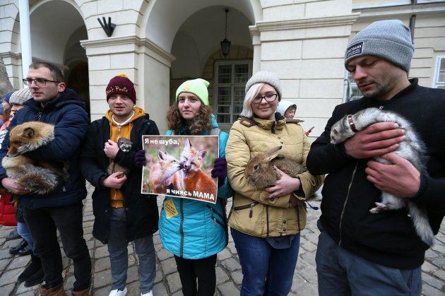 «Знімай хутро назавжди»: у Львові відбулася масштабна акція. Фото