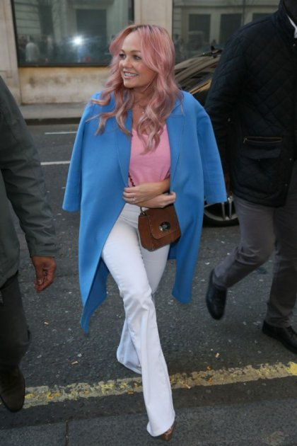 «Рожеві експерименти»: солістка Spice Girls пофарбувалася у яскравий колір