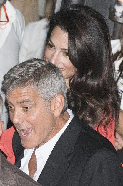 Джордж і Амаль Клуні засвітилися на таємному побаченні