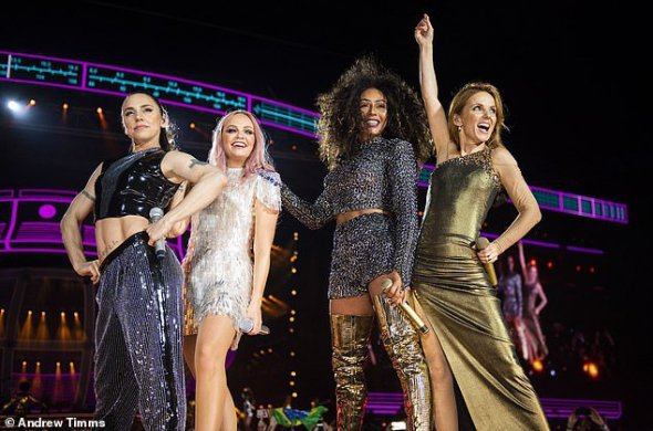 Вікторія Бекхем розповіла, чому не взяла участь у турі зі Spice Girls