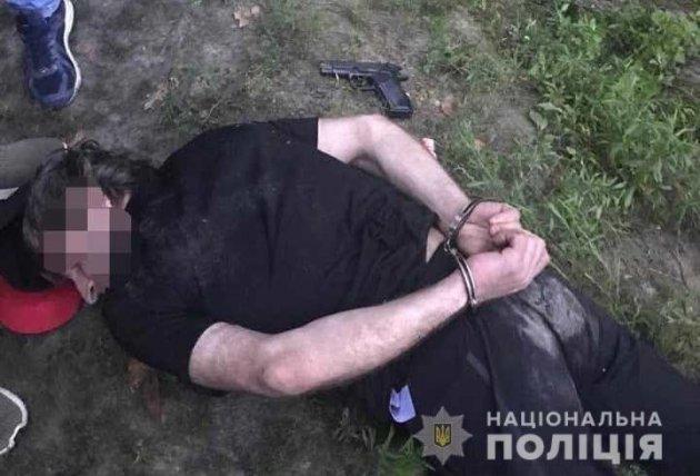 Затримання грабіжників: під Києвом розгорілася стрілянина