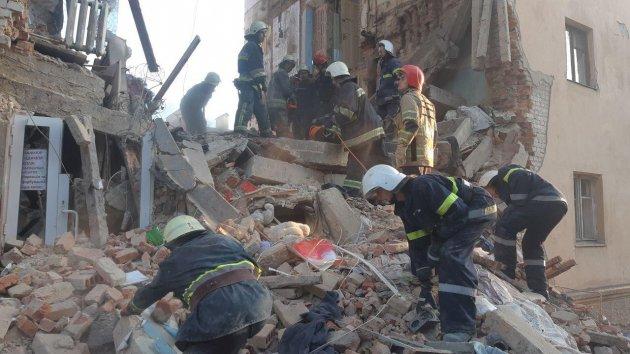 Трагедія у Дрогобичі: через вибух обвалилась частина будинку, є жертви