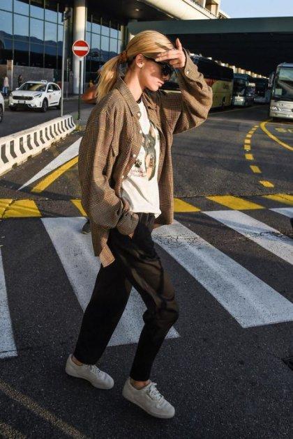 Дорогою в Мілан: папарацці «підловили» Кендалл Дженнер