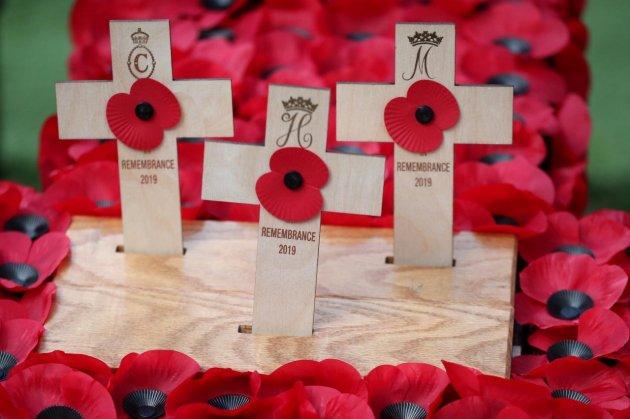 Меган Маркл та принц Гаррі вшанували пам'ять загиблих у Першій Світовій війні. Фото