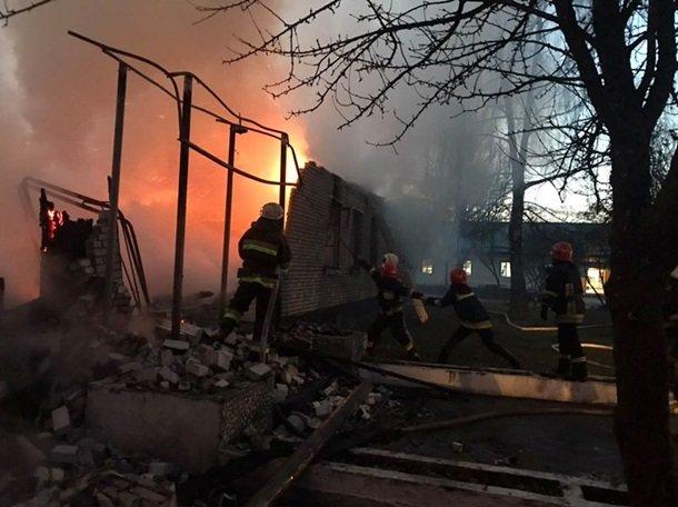 Пожежа у військовій частині на Львівщині: є загиблий