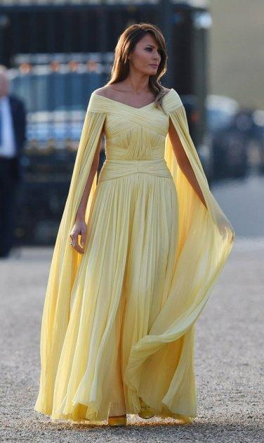 Стало відомо, скільки Меланія Трамп витратила на вбрання у 2019 році. Фото