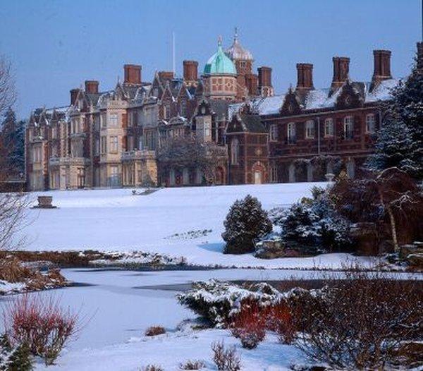 Королева Єлизавета ІІ влаштувала собі різдвяні канікули. Фото