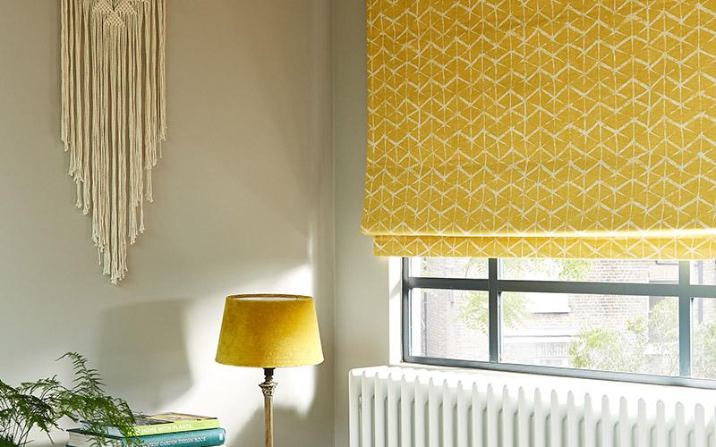 Римские шторы на кухню – лучший вариант оформления окна